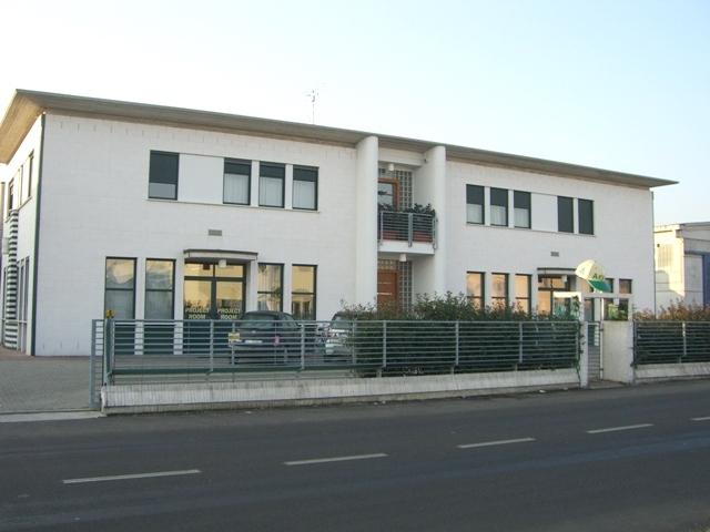 European textile customization center
